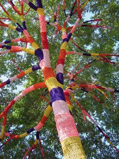 yarn trees - I love yarn/crochet street art!