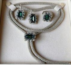 Saphire und Amethyst von Sabine Lippert Nicht nur als Ring, sondern auch Ohrringe und eine Kette.
