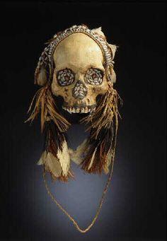 Skull    Asmat, Indonesia    Musée d'Arts Africain, Océanien, Amérindians
