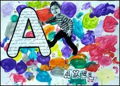 Tapa álbum con la inicial y la foto del alumno. Idea original portada trabajo escolar