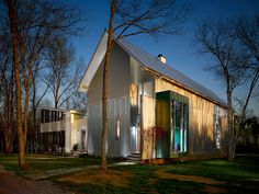 Gallery of House in the Woods / archimania - 4