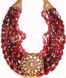 Raspberry tourmaline and rosecut necklace from the Mughal collection by Amrapali.