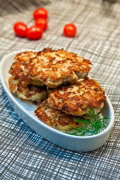 My Recipes, Low Carb Recipes, Cooking Recipes, Food In French, Portobello, Coleslaw, Salmon Burgers, Bacon, Food And Drink