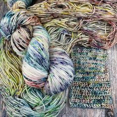 8 available ~An everything bagel has all the spices, these skeins have all the speckles! I used ten different dye colors on different parts of the hanks to get these babies good and speckled. B...