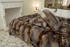 Faux Fur Bedding, Fluffy Bedding, Warm Blankets, Bed Blankets, Faux Fur Blanket, Fur Accessories, Bathroom Design Luxury, Stay In Bed, Fur Throw