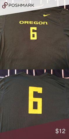 Oregon Ducks Dri-Fit t-shirt Oregon Ducks Dri-Fit t-shirt... Size XXL. Nike Shirts Tees - Short Sleeve