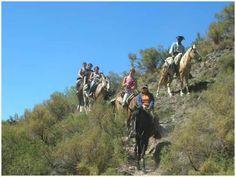 Cabalgatas por la montaña , una experiencia particular, los olores de los clásicos yuyos de Córdoba.
