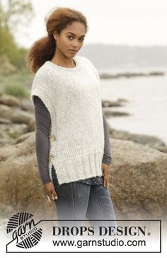 "Winter is coming / DROPS - free knitting patterns by DROPS design Knitted DROPS tank top in ""Cloud"" with side slits and round neckline. Sizes S - XXXL. Free patterns by DROPS Design. Crochet Mittens Free Pattern, Knit Vest Pattern, Poncho Knitting Patterns, Knitted Poncho, Knit Patterns, Free Knitting, Knitting Needles, Neck Pattern, Drops Design"