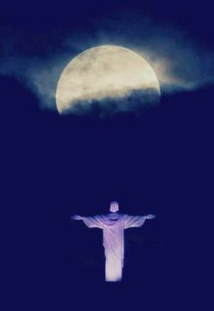 """A """"supermoon"""" is seen above the Christ the Redeemer statue in Rio de Janeiro, Sunday, May A supermoon is the coincidence of a full moon (or a new moon) with the closest approach the moon makes to the Earth. (Victor R. Caivano/AP Photo)f Beautiful Moon, Beautiful World, Simply Beautiful, Supermoon Photos, Christ The Redeemer Statue, Jesus Christ, Shoot The Moon, Super Moon, Stars And Moon"""