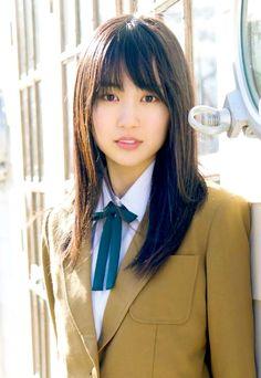 Listen to every track @ Iomoio School Girl Outfit, School Uniform Girls, High School Girls, Japanese Beauty, Asian Beauty, Girls 4, Hot Girls, All About Japan, Cute Japanese Girl