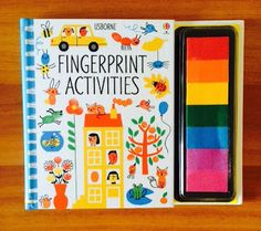 Distractie cu amprente colorate - Usborne Fingerprint Activities