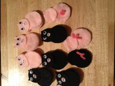 Two Mother Pigs finger play puppets