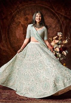 We just spotted the rumoured choti bahu of the Ambanis, Radhika Merchant in a gorgeous Sabyasachi Mukherjee lehenga - check the photos out. Indian Bridal Outfits, Indian Designer Outfits, Designer Dresses, Party Wear Dresses, Bridal Dresses, Party Outfits, Lehnga Dress, Sabyasachi Lehengas, Lehenga Skirt