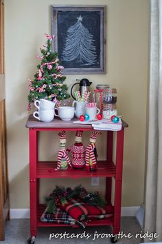Holiday Home Tours Just A Girl 2014 On Pinterest Christmas Home