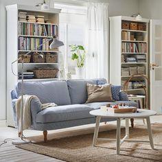 Un canapé pour le printemps bleu et blanc classique, IKEA