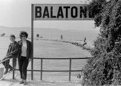Index - Fortepan - Ez volt a Balaton aranykora Budapest Hungary, Retro Vintage, Culture, History, Couple Photos, Iron, Outdoor, Holidays, Poster