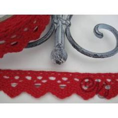 Häkelspitze selbstklebend rot