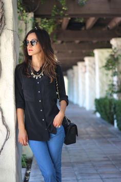 black button down oxford shirt, jeans, handbag, jewelry outfit for women