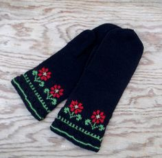 Knitted wool ethnic mittens knit black by peonijahandmadeshop