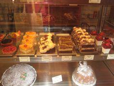 Cakes, U Paukerta, Narodni trida, Prague