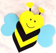 This heart bee craft is both a craft and a super cute Valentines day card kids c. This heart bee craft is both a craft and a super cute Valentines day card kids c. Valentine's Day Crafts For Kids, Valentine Crafts For Kids, Valentines Diy, Holiday Crafts, Art For Kids, Activities For Kids, Kids Diy, Arts And Crafts For Kids Toddlers, Cute Valentines Day Cards