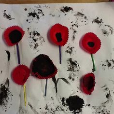 For ANZAC day the Owls used black paint, match sticks and red patty cases to make their own poppies, it was a great way to talk about the ANZACS and explore this through craft Special Events, Special Occasion, Crafts For Kids, Arts And Crafts, Anzac Day, Remembrance Day, Learning Through Play, Memorial Day, Owls