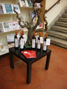 """VILAFRANCA DEL PENEDÈS. Presentació de """"Biblioteques amb DO"""" a la Biblioteca Torras i Bages de Vilafranca del Penedès."""