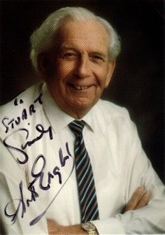 † Arthur English (May 9, 1919 - April 16, 1995) British actor, o.a. known from the comedyseries Are you being served?