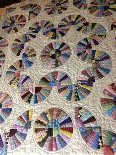instructions for grandmother's fan quilt - Yahoo Image Search Results Quilting 101, Quilting Projects, Quilting Designs, Sewing Projects, Longarm Quilting, Quilting Tutorials, Quilting Ideas, Patchwork Quilt Patterns, Scrappy Quilts