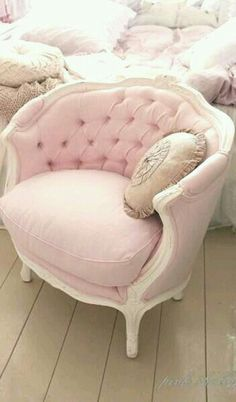 plush pink arm chair - for a meeting desk chair