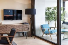 design modern apartment Stylish Penthouse Overlooking Limmat Valley in Zurich