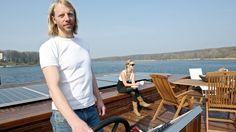 Kapitän Jan Kallensse ist stolz auf sein Luxusboot und will es in Serie bauen