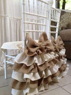 Burlap ruffled chair cover by PaulaAndErika on Etsy Furniture Covers, Chair Covers, Table Covers, Furniture Nyc, Cheap Furniture, Furniture Design, Burlap Ottoman, Rideaux Design, Chair Bows
