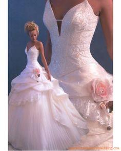 Prinsesse brudekjole Nancy i rosa # bryllup # brud # brudekjole # rosa - Lilly is Love Pink Wedding Dresses, Bridal Dresses, Wedding Gowns, Bridesmaid Dresses, Ivory Wedding, Dress Prom, Big Dresses, Dresses 2014, Barbie Dress