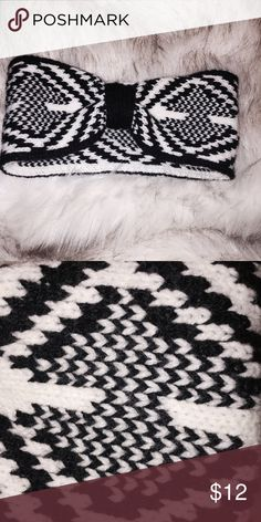 Wool Head Band Stylish wool head band with black and white geometric pattern and knot detail in the front. Has some stretch to it. Great winter accessory! Accessories