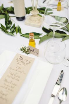 New Ideas For Garden Decoration Wedding Place Settings Olive Branch Wedding, Olive Wedding, Branches Wedding, Olive Oil Wedding Favors, Olive Oil Favors, Wedding Favor Table, Wedding Napkins, Wedding Invitations, Dinner Party Decorations