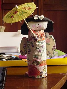 nina japonese de paper, via Flickr.