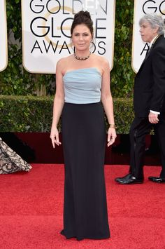 Pin for Later: Don't Miss a Single Sexy Look From the Golden Globes Maura Tierney