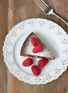 How to make an Orange-Date cake in the Slow Cooker (gluten free)