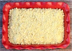 Whether you want a citrusy dump cake or cobbler, this Lemon Cheesecake Dump Cake Recipe is sure so satisfy your cravings! Lemon Desserts, Homemade Desserts, Lemon Recipes, Easy Desserts, Sweet Recipes, Baking Recipes, Pretzel Desserts, Cat Recipes, Baking Tips