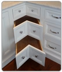 corner kitchen cabinet drawers 1000 images about cabinets rebuild on corner 13951
