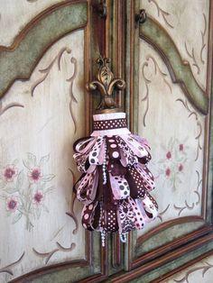 Paris/Pink/Brown/Fleur de Lis Decorative Tassel by Duvalls on Etsy,