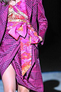 SALVATORE FERRAGAMO spring 2012 Pink Fashion e901a3edb02