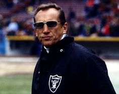 Oakland Raiders owner Al Davis prior to a game against the Cleveland Browns at Cleveland Stadium.