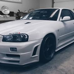 My 2001 V-spec 2 is up for sale, please email me at charles@cw-collective.com • • 2001 Nissan Skyline GTR Vspec 2 Pearl White QX1 Service records available from Japan. I am most of the receipt for all the aftermarket parts. 103,000KM on chassis • •ENGINE Nismo downpipe Nismo Weldina NE-1 cat back ARC front mount intercooler ARC intercooler pipe Aluminum radiator Samco radiator hose *Nismo Timing belt, N1 water pump, full gasket kits was installed at 101,000km ELECTRONICS HKS EVC-4 boost…