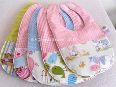 Bib inspiration~~photo only Baby Sewing Projects, Sewing For Kids, Sewing Crafts, Baby Bibs Patterns, Sewing Patterns, Bib Pattern, Baby Kind, Baby Crafts, Burp Cloths