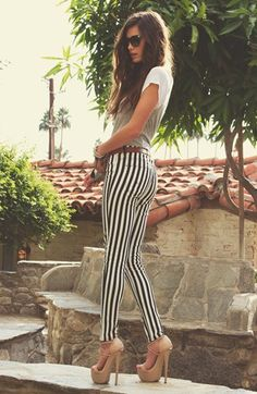 CASUAL[summer]: skinny striped trousers; white t-shirt