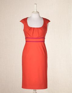 gorgeous dress in 'spice' color