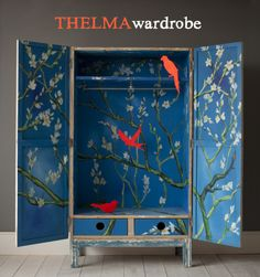 爱 Chinoiserie? 爱 home decor in chinoiserie style - thelma wadrobe Hand Painted Furniture, Handmade Furniture, Upcycled Furniture, Diy Furniture, Painted Wardrobe, Turbulence Deco, Mood Colors, Ideias Diy, Furniture Inspiration