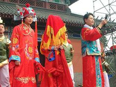 a favorable day for the wedding ceremony was chosen, to ensure good fortune and a successful merge